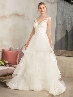 Casablanca Bridal Style 2302 Luna