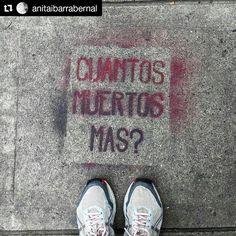 Foto de @anitaibarrabernal Las muertes restan credibilidad en autoridades que nos deben proteger nos restan vidas valiosas de quienes están al frente de la protesta que por derecho no pertenece . #ccs #caracas #caminacaracas  Ni uno mas #venezuelalibre #nomasdictadura #streetphotography