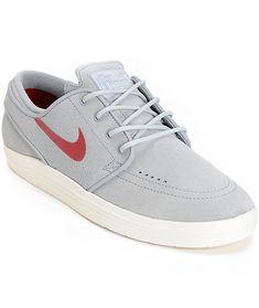 c3f55f755bb 12 beste afbeeldingen van Dingen om te kopen - Man fashion, Nike ...