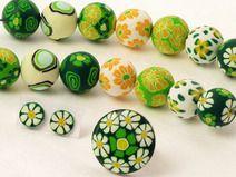 polymer clay beads, fimo, perlen, schmuck, gelb, grün, beads, flower