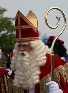 Sinterklaas. Christmas In Holland, Christmas Time, St Nicholas Day, Saint Nicolas, Santa Claus Is Coming To Town, My Roots, Homemade Christmas, Mom And Dad, Netherlands