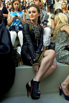 leighton meester, fashion, and gossip girl image Gossip Girls, Moda Gossip Girl, Estilo Gossip Girl, Gossip Girl Fashion, Leighton Meester, Estilo Blair Waldorf, Blair Waldorf Style, Fashion Moda, Look Fashion