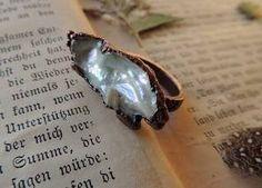 MARIAELA 7 Size US, Druzy Ring, Pearl Ring, Raw Gemstone Ring, Statement Ring, electroformed Ring, Rough Gemstone Ring, Raw Ring