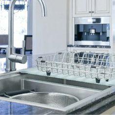 Un escurridor de platos puede ser funcional y también decorativo.