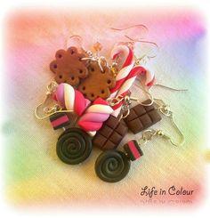 Orecchini Life in Colour realizzati in fimo: cioccolata, liquirizia, bastoncini di zucchero, biscotti, marshmallow!