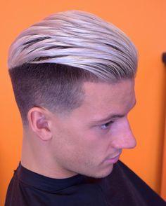 """293 Me gusta, 5 comentarios - Paul Skerritt ✂💈 (@paul_barbercode) en Instagram: """"Contrast ⚫️⚪️ #barbershopconnect #britishbarber #faded #fade #skinfade #menshair #wahl #andis…"""""""