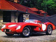 1956 Ferrari TR 500 LeMans Race Car. Fotographed by: Coisas de Terê