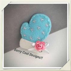 felt-winter-mitten-caribbean-blue- snap hair clip - Christmas Holiday