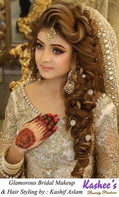 Wedding Hairstyles In Pakistan Circle - pakistani bridal Pakistani Wedding Hairstyles, Pakistani Bridal Makeup, Bridal Hair And Makeup, Bride Makeup, Bride Hairstyles, Hair Makeup, Kashees Hairstyle, Hairstyle Wedding, Party Hairstyles