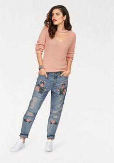 64b10a00770f Only Boyfriend-Jeans »TONNI«, mit Stickerei und Destroyed Effekten  Stilsicher, Stickerei