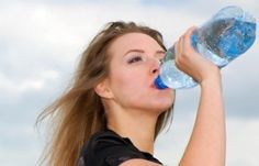 The primary reason for perspiring is for your body to release the build-up of heat inside our bodies. Why do some people perspire so much more than others and how to stop sweating excessively. Stop Sweating, Excessive Sweating, Proper Diet, Our Body, Healthy Lifestyle, Life Hacks, Water Bottle, Good Things, Lifehacks