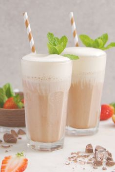 These no-blend slushies will change the way you enjoy hot chocolate forever! Brew classic hot chocolate and then freeze into ice cubes. Blend or crush to create the easiest homemade slushies ever! Top with whipped ideal milk or sweetened whipped cream to make this easy dessert that's perfect for summertime sipping! Plus, you can prep ahead and make them in minutes! There's a choco-LOT to love about these no-blend frozen hot chocolates! 😉 Homemade Slushies, Frozen Hot Chocolate, Sweetened Whipped Cream, Easy Desserts, Sweet Recipes, Glass Of Milk, Cravings, Sweet Tooth, Ice Cubes