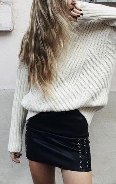 rib + lace up