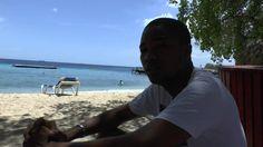 Kennis delen. Door het maken van video's deel ik mijn kennis hoe en dat mijn gedachtegoed effectief werkt bij mentale problemen. Ook op het strand op Curacao...
