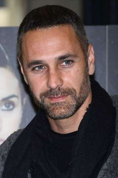 Raoul Bova - Olycom oh Boy Beautiful Men Faces, Gorgeous Eyes, Most Beautiful Man, Raoul Bova, Black Men Beards, Short Beard, The Way He Looks, Bear Men, Male Face
