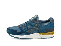 <p>First released in 1993, the GEL-LYTE V is form-fitting and infused with GEL technology. Its lightweight feel and supple flexibility took the market by storm, making it an instant streetwear classic.<br /> <br /> Feel the cushioning of the GEL panels as you switch from campus to concert. Glide them on and off, with a sock-like fit that flexes and stretches when you do. Flash the reflective 'V' on the heel as you dance into the night.</p>