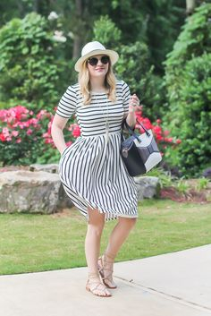 LulaRoe dress, striped dress, black and white, summer outfit ideas, straw hat outfits.