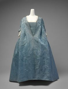 Robe volante, 1730's France, the Met Museum These alternative shots are from its Christie's listing: