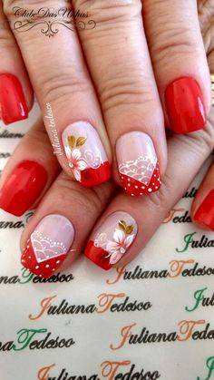Unhas decoradas com vintage floral unhas decoradas diferentes, unhas decoradas curtas, unhas decoradas natal Red Nail Art, Red Nails, Love Nails, Pretty Nails, Hair And Nails, French Nails, Cookies Et Biscuits, Nail Arts, Manicure And Pedicure