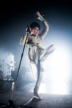 Come over to www.nickyblue.com/freebie to keep posted on my upcoming book on Gary Numan. Calling America, Gary Numan, Musicians, Army, Book, Amazing, Gi Joe, Military, Music Artists