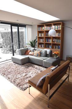 Home & Decor New Living Room, Living Room Interior, Living Room Decor, Garden Room Extensions, House Extensions, Flat Interior, Interior Design, Modern Window Design, Space Interiors