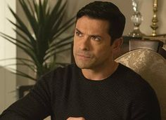 Must Read Novels, Books You Should Read, Book Club Books, Good Books, Best Rom Coms, Reese Witherspoon Book Club, Best Romantic Comedies, Mark Consuelos, Cole M Sprouse