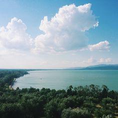 {never alone} Castiglione del Lago #AlTrasimeno foto di @nicocarmigna