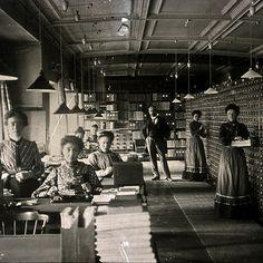 Mundaneum - Centro de Archivos y Exposiciones de Mons