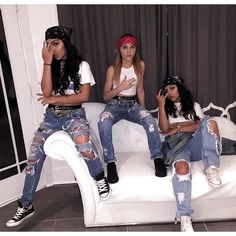 Awesome DIY Group Halloween Costumes for your girl& squad ~ Fashion & D. Cute Group Halloween Costumes, Trendy Halloween, Group Costumes, Halloween Costumes For Girls, Costumes For Women, Halloween Halloween, Women Halloween, Awesome Costumes, Costumes Kids
