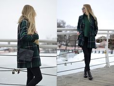Get this look: http://lb.nu/look/8038226  More looks by Lisa Filonenko: http://lb.nu/lisa03  Items in this look:  Sweater, Coat, Bag, Jeans, Zara Boots   #casual #street #vintage