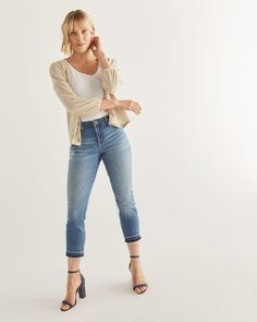 Shop online for The Insider Cropped Skinny Jeans with Released Hem. Find Bottoms, Clothing, Sale and more at Reitmans Cropped Skinny Jeans, Best Jeans, Spring Looks, Short Girls, V Neck Tee, Casual Tops, Capsule Wardrobe, Blue Denim, Going Out