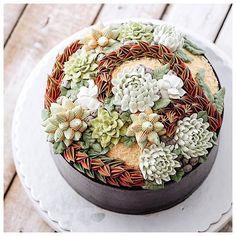 3D terrarium buttercream cake 🌵