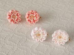 〈つまみ細工〉桜のイヤリング(淡桜)