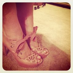 Who makes these shoes?! I need them.