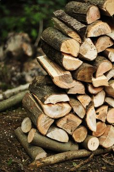 how to stack firewood... the pile, in my experience, becomes a pyramid, or just bursts! from being all over the place...