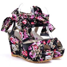 BEACH HIPPIE Floral Tie Wedges Black Floral $32 SHIPS FREE ♥ BUY HERE: http://www.beachhippieinc.net/beach-hippie-floral-tie-wedges-black-floral-32/ ♥ INCLUDES NORTON SHOPPING PROTECTION & LOWEST PRICE GUARANTEE!