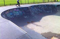 Shredding the World One Skatepark at a time - Yarraville Skatepark (Melbourne, VIC Australia) #skatepark #skate #skateboarding #skatinit #skateparkreview
