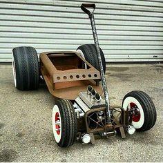 """matt2tt: """" @custom_cars_n_bikes  FOLLOW ME FOR #SPORTSBIKE #CHOPPERS #BOBBERS #HOTROD #TRUCK #TUNING #MUSCLECAR #rat #ratrod #bobber#chopper#custom_cars_n_bikes #harley #harleydavidson #caferacer..."""