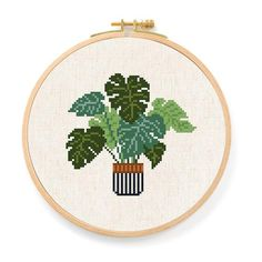 Swiss Cheese Plant Cross Stitch Pattern Monstera deliciosa - Diy and crafts interests Disney Cross Stitch Kits, Cross Stitch Bookmarks, Cute Cross Stitch, Beaded Cross Stitch, Counted Cross Stitch Kits, Modern Cross Stitch, Cross Stitch Charts, Cross Stitch Designs, Cross Stitch Embroidery