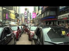 Fiat 500 Drive-in Movie in Times Square #experiential #marketing #nyc #italy #fiat #cinema