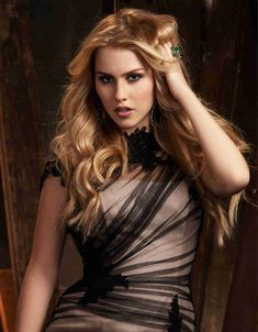 The Originals and The Vampire Diaries . Claire Holt as Rebekah Vampire Diaries, Indiana Evans, Claire Holt, Pretty Little Liars, Photoshoot, Long Hair Styles, The Originals, Celebrities, Hanna Marin