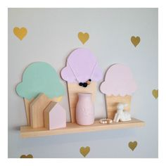 Our Ice Cream coloured shelf is a perfect addition to a nursery or kid's room. Each shelf measures approx.: Shelf Width:50cm Depth: 9cm Our shelves are just the right size without taking up too much space and such a cute addition to any child's room. Also available in a Smaller shelf containing 2 Ice Creams. PLEASE NOTE : This item is RAW with Painted Ice Cream Tips, Painted Cones available in another listing. Custom colours on all shelves are available : Pastel ...