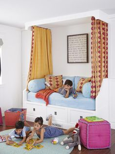 canopy over daybed, kids bedroom