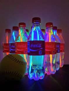 17 DIY Summer Outdoor Game Ideas - 17 DIY Summer Outdoor Game Ideas Use Coca-Cola bottles to create an easy DIY version of Rock & Bowl for your backyard. Your friends and family will love it! Neon Birthday, Birthday Party For Teens, Birthday Games, Wedding Games And Activities, Diy Games, Coca Cola Party, Coca Cola Bottles, Cool Journals, Glow Party