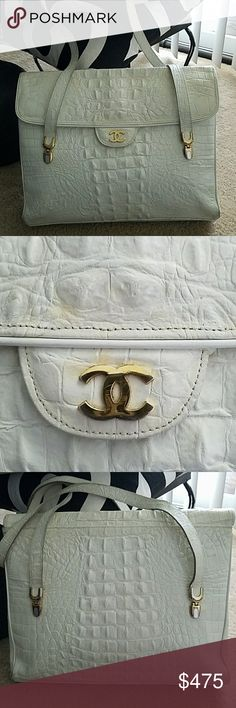 RARE CHANEL Large CROC leather handbag Pre owned in good condition but does show wear especially on the outside corners...no holes. Clean inside.  Bought this at an estate.  Have not had it authenticated if i did it would be priced well over 10K. Because the croc handbags were very rare. This was in my personal closet and never had it authenticated.  The Chanel tag is missing but you can still see where it was placed. Real gator . I am getting rid of some of my bags. Strap drops 13 inches…