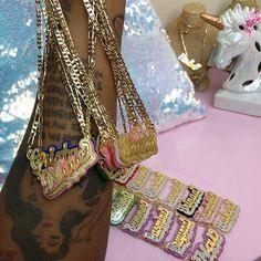 Ear Jewelry, Cute Jewelry, Body Jewelry, Jewelery, Jewelry Accessories, Fashion Accessories, Black Girl Aesthetic, Gold Fashion, New Wall