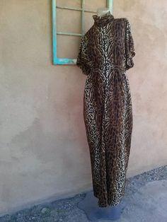 Vintage 1960s Caftan Leopard Print Dela Ann Loungewear 2015384 - pinned by pin4etsy.com