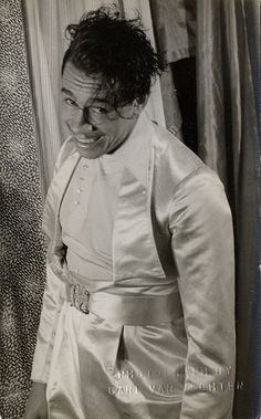 Now this was just too candidly good, a must post.   Cab Calloway, 1933
