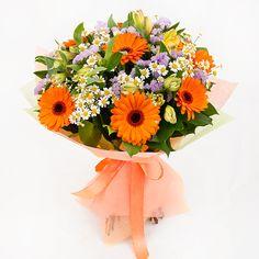 Картинки по запросу оформление букетов с герберами Floral Wreath, Wreaths, Flowers, Home Decor, Flower Crowns, Florals, Deco Mesh Wreaths, Garlands, Home Interior Design