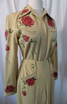 1950s Rodeo Queen gorgeous gabardine cowgirl suit with embroidered  pink roses  rockabilly swing bombshell size small to medium